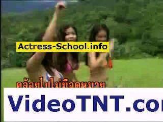 sexy thai Mädchen nackt Bikini Schlampen Huren xxx porno ficken nake