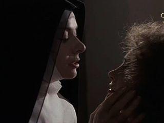 Anne Heywood und Martine Brochard in den Nonnen des heiligen Erzengels