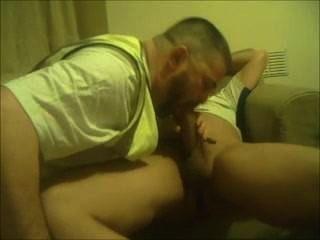 2 Männer ficken bei der Arbeit