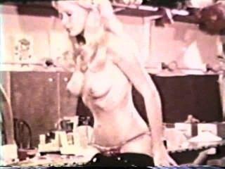 Softcore Nudes 590 1970 - Szene 1