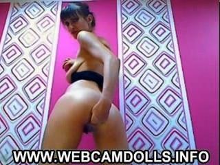 schöne Brünette Babe ihren Arsch auf Webcam Fisting