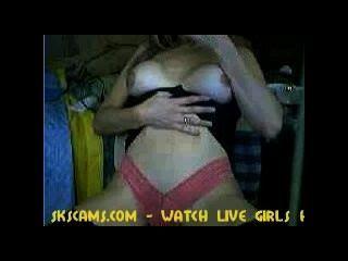 Webcam Mädchen, die eine Sex-Show geben