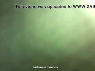Desi indischen schüchterne von ihrem Liebhaber im Hotel Skandal gefickt nackt