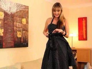 tschechisch blonde Glamour in Nylons posiert