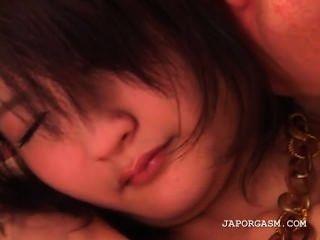 schüchterne asiatische teen bekommt kleine Titten leckte und spielte mit