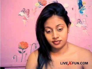 indian schüchternes Mädchen bereit Live-Webcam-Sex-Spaß