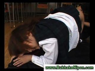 japanisch Scheck Weste Schule Mädchen wird gefingert und gefickt