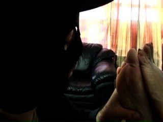 Herrin malika Disziplinen ihren Fuß-Slave