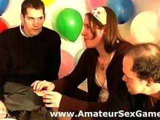 Gespräche erotischen Amateuren bei einem Sex wagen Partei