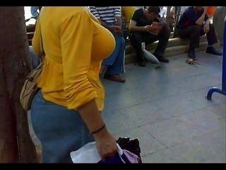 arab street Voyeur - big butt candid - Spionage reifen Arsch