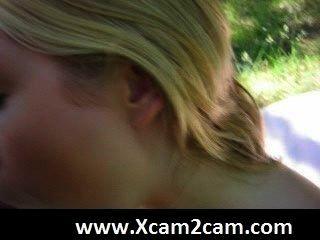 blonde hotti wird in der Öffentlichkeit gefickt