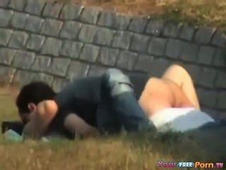 Voyeur Bänder Jugendliche im Park Ficken