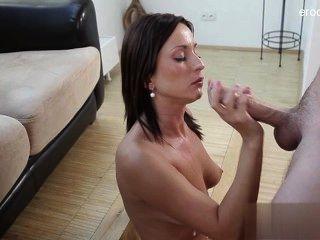 schön rasierte Muschi Sex in der Öffentlichkeit