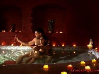 tantrik Massage erotische Vorspiel Teil 1