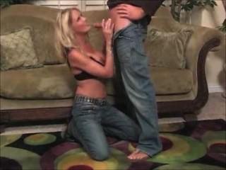 hot dude eine glückliche blonde Schlampe verdammt!