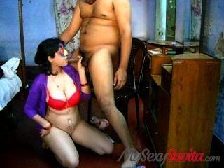 savita bhabhi Blasen takign abspritzen große Brüste indian sex
