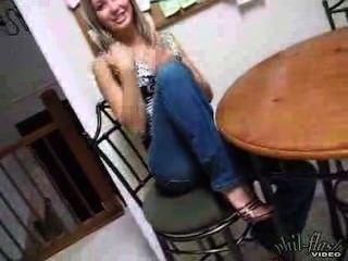 jugendlich kasia High Heels und Jeans