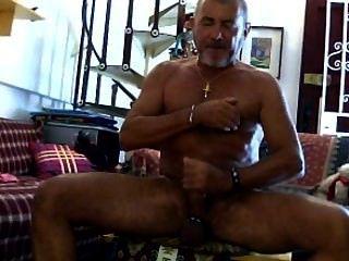 Ich zeige meine nassen Schwanz und große Bälle, wenn geil!