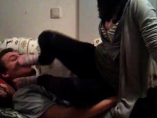 Amateur-Socken & Füße anbeten