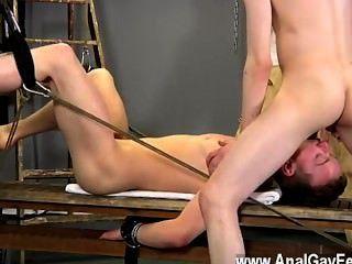 Homosexuell Film Aarons verwenden ein Sklave Gestüt selbst zu sein, und er nahm eine Menge bis