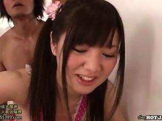 Japanische Mädchen in lebenden room.avi schön jugendlich Mädchen ficken