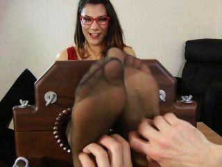 Sekretär Fuß kitzeln und necken
