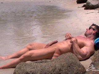 zeb Solo am Strand