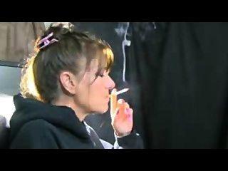 Oma Rauchen