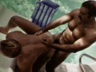 fleischigen Jahrgang Homosexuell Macho Symbol bruno fucks josh kincaid im Freien am Pool