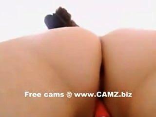 Brünette seductively streichelt ihre hübschen Pussy Webcams - camz.biz