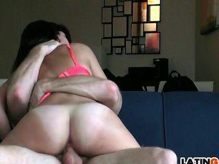 großen Schwanz für heiße Latina