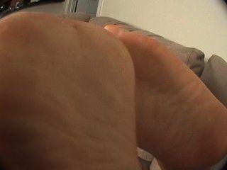 anessa Couch Füße