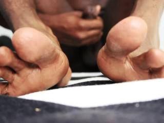 schwarzer Mann Füße & Masturbation