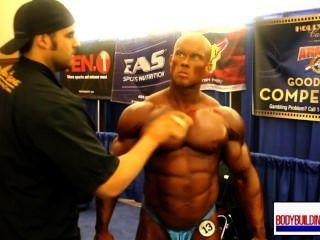 musclebull ben blau hinter den Kulissen 1/2 glänzend posers