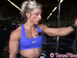 Muskel blonde Ausbildung Teil 2