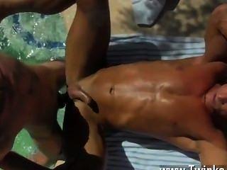 Homosexuell Jungs Papa am Pool Prick liebend