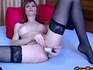 petite Skinny MILF mit frechen Tits Fingern und Dildos ihre Muschi
