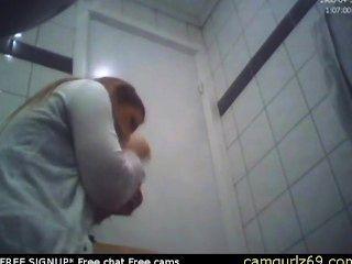 Brünette Amateur Teen Toilette ass hidden cam Voyeur Sex Chat Online sexc