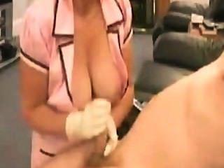 Kranken schwester mit fetten titten