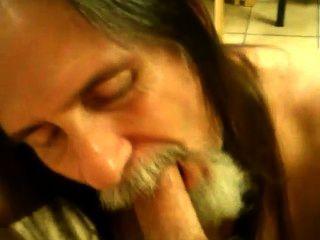 Saugen Hahn und schlucken Sperma