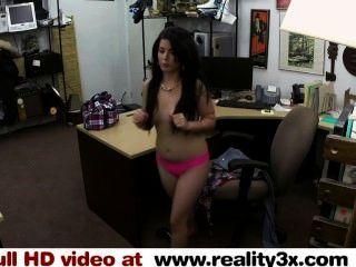 echte spycam Sex - ein kubanischer Küken für ihr tv ficken - reality3x.com