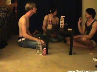 nackten Jungs das ist ein langes Video für Sie Voyeur-Typen, die die Idee mag