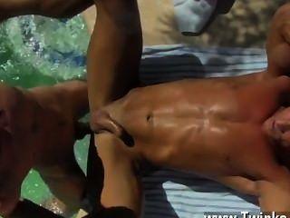 twink Video mit den Männern zurück sein gebräuntes JIZZ tropfte, Papa alex
