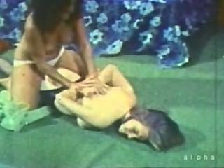Vintage große Brüste und Catfight