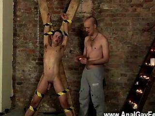 Homosexuell Sex Spucken cum in einem Sklaven Gesicht