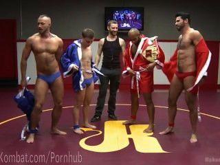 muskulösen Hunk Turnier Finale