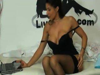 sofia cucci - pigiama Party Live-Show