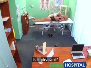fakehospital klaustrophobisch sexy russische blonde scheinen herrlich Krankenschwester zu lieben