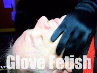 Herrin remy x Handschuhe ein Unter bei feindlichen Übernahme