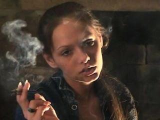 lynn Rauchen 2 @ once & Zigarre (tls)